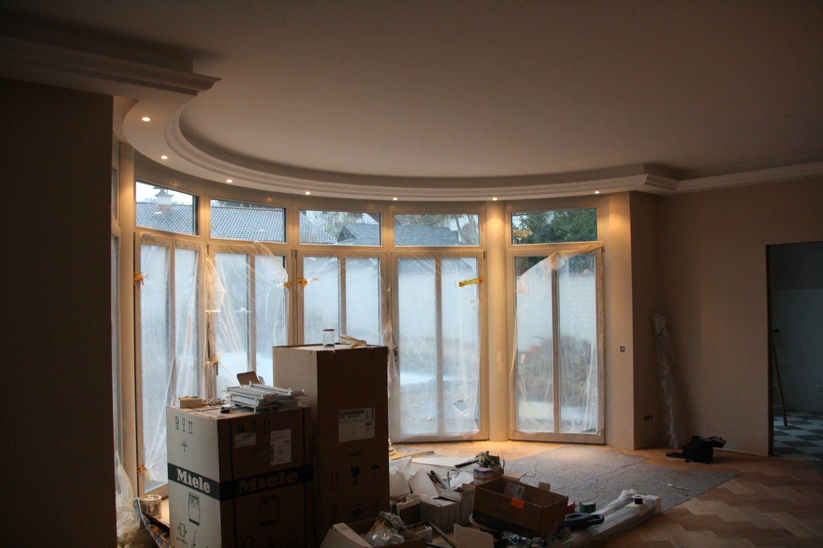 indirekte beleuchtung amazing raumteiler genial indirekte. Black Bedroom Furniture Sets. Home Design Ideas